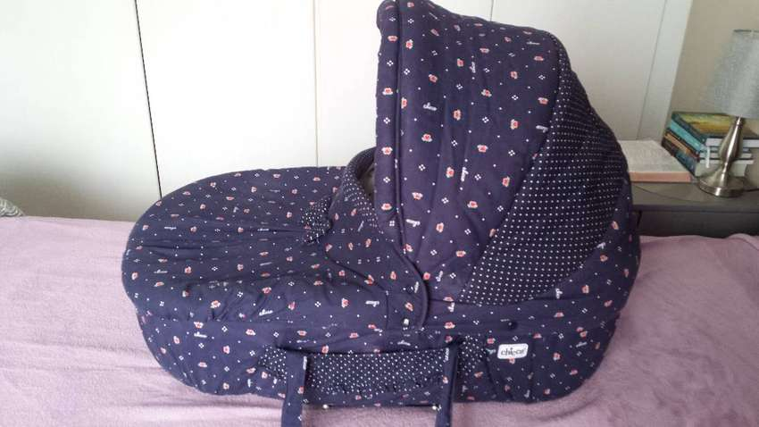 Chicco currycot excellent condition 0