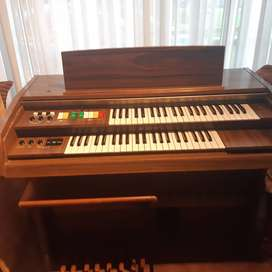 E-60G Organ - Not sure of age