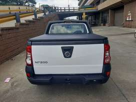 USED 2020 NISSAN NP200