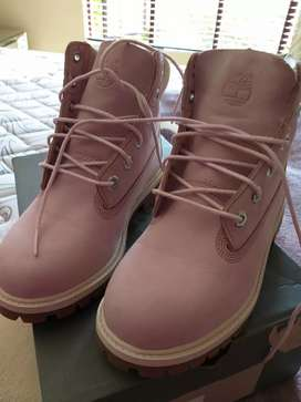 Pink Timberland boot size 3 new