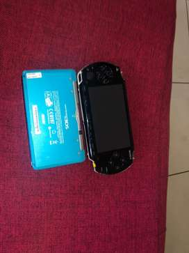 Psp with 10 games, and Nintendo 3ds