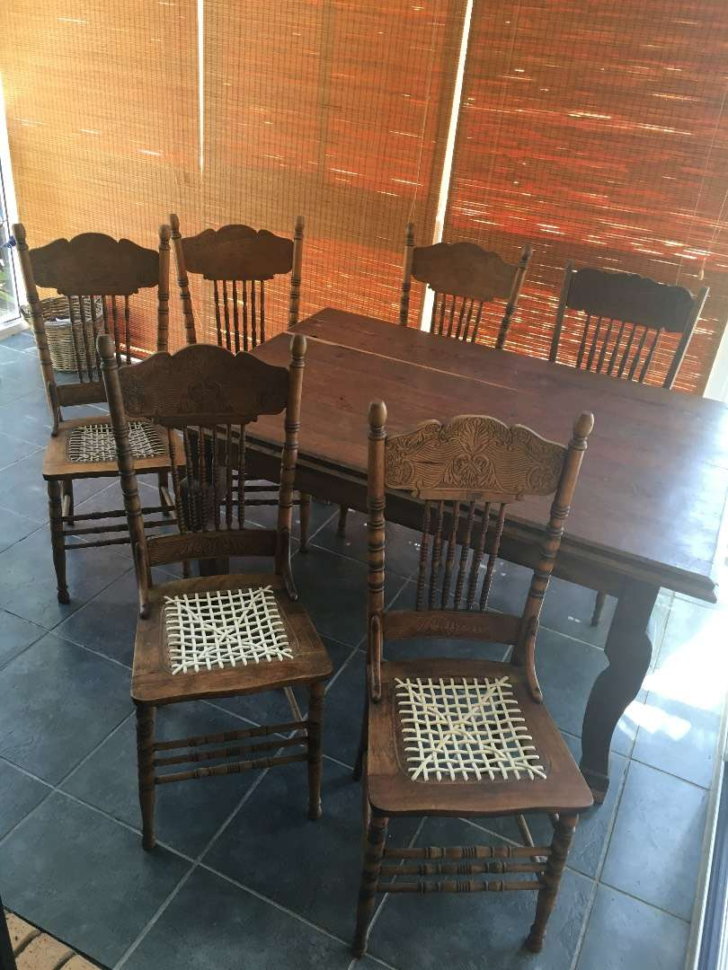 Tamboti dining table and six Madeira chairs 0