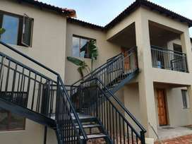 Bachelor flat to rent in Klipfonteinview ext3