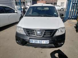 2018 Nissan Np200 1.6i Bakkie with a Canopy