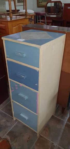 Oregon 4-drawer Chest of Drawers