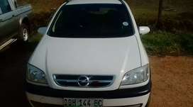 1.8i 2005model electric windows 7seater best for family or business