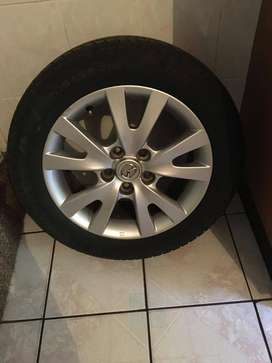 Mazda rims and tyres R2800
