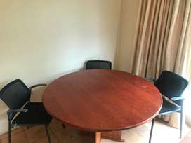 Table Boardroom Round with chairs