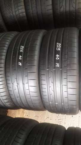 225/40/19 Continental tyres
