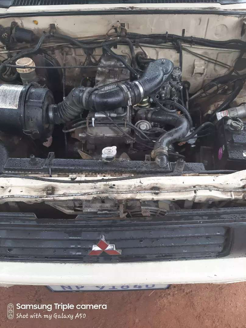 Mitsubishi 2.6 carb engine(4g54) 0