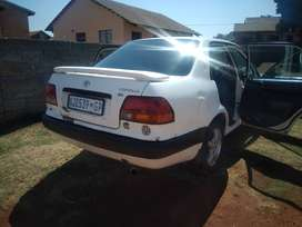 Am selling my Toyota babycampry engine running