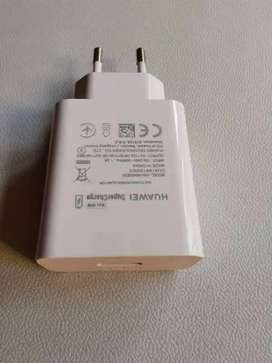 HUAWEI 40W SUPERCHARGER