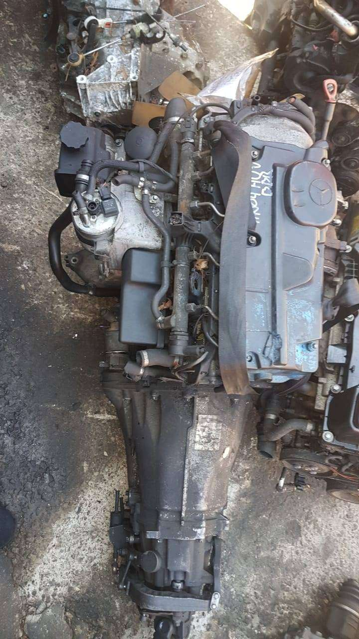 Mercedes C220 2.2CDI (OM646) - Complete second hand engine 0