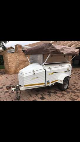 Camping Trailer with rooftop tent for sale!