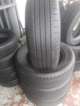 4x235/60/18 continental suv tyres still in good condition