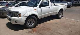 Nissan Np300 bakkie in great condition going cheap