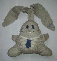 Мягкий заяц с длинными ушами
