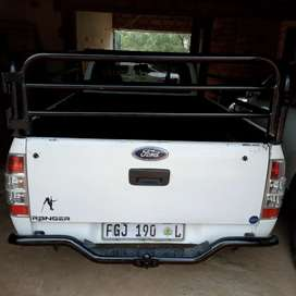 FORD RANGER 2.2 PETROL WITH CANOPY  & CATTLE RAIL