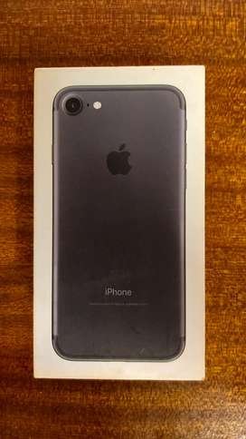 Full iPhone 7 with box