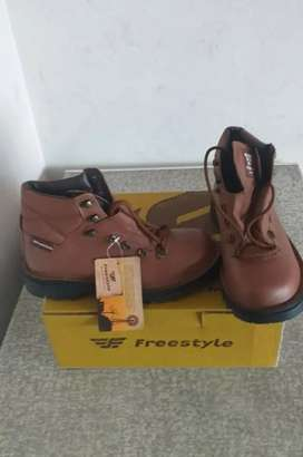 Brand new Freestyle Boot