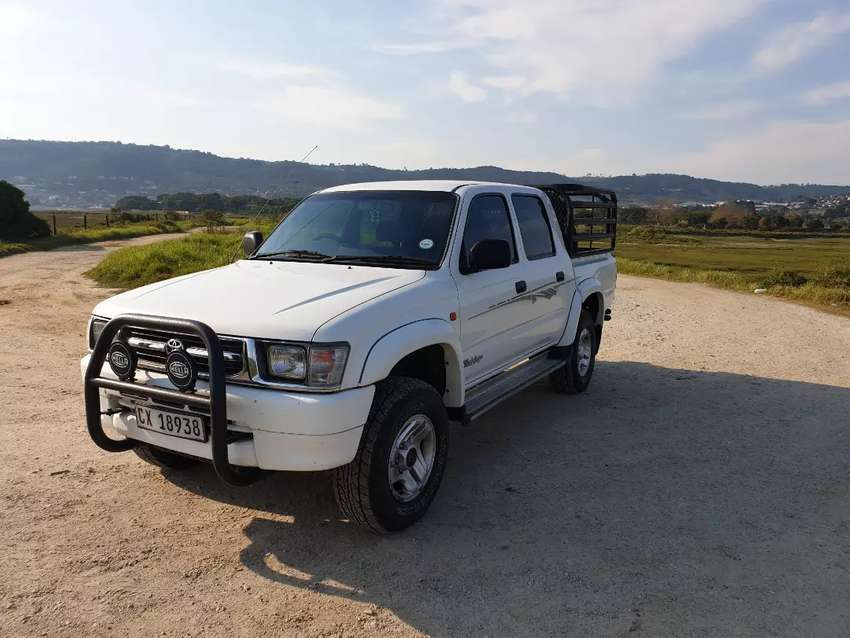 Toyota hilux for sale 0