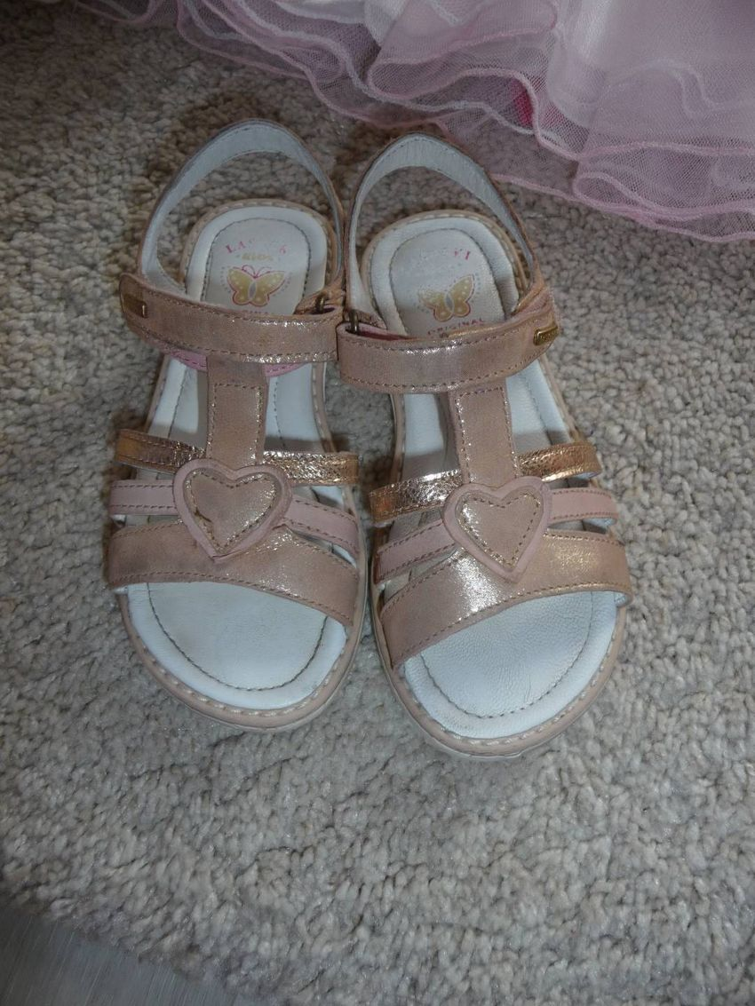 divčí růžové sandálky ve vel.28 0