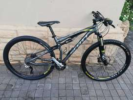 Scott Spark Mountain Bike Medium Frame