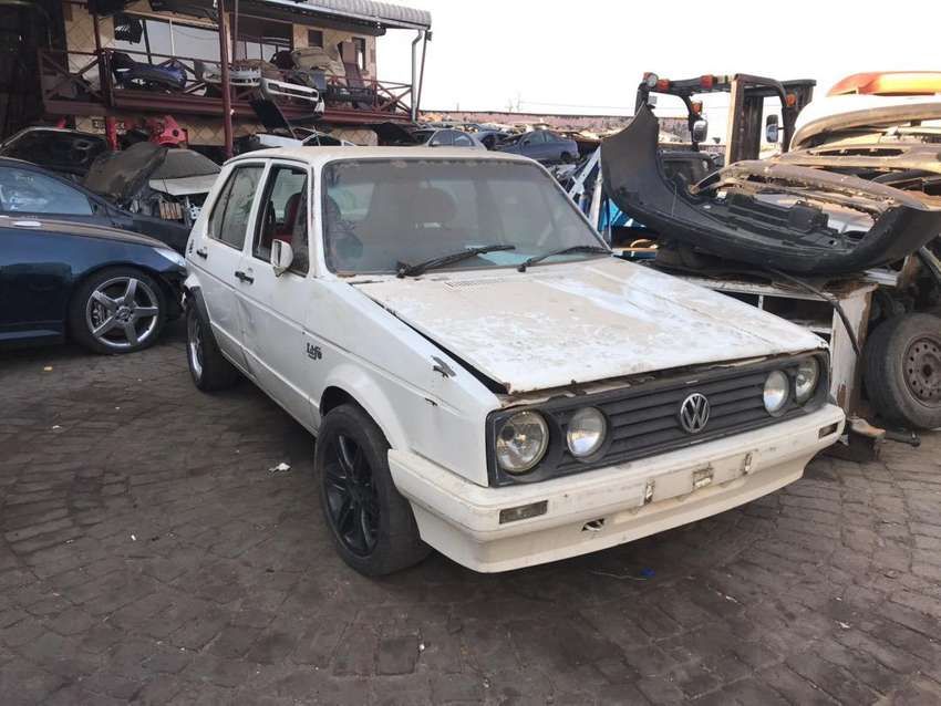 Vw golf one stripping for parts 0
