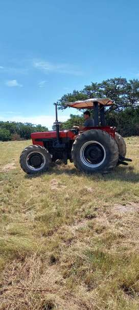 Case 685 a tractor