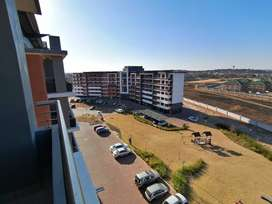 2 bedroom flat to share in Centurion