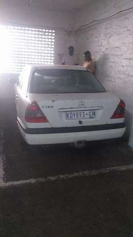 Mercedes Benz please read the add