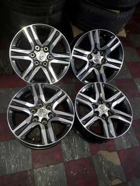 "17"" Toyota Fortuner mags only"