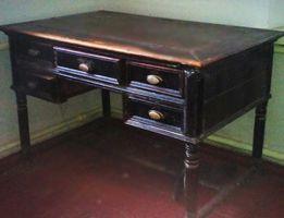 Продам писменый стол