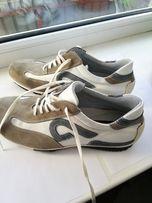 продам кроссовки Manguun