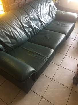 2green leather couches for URGENT sale