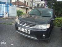Mitsubishi Outlander Excellent Conditions, fully loaded. 0