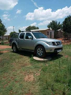 Am selling my nissan navara yd25