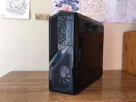 Huffington Puff FORTNITE GAMING PC with Vega 64 and i7 6700