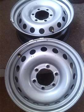 """17"""" Toyota hilux spare wheel"""