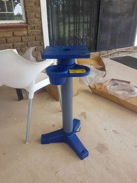 Dust extractor and bench grinder pedestal