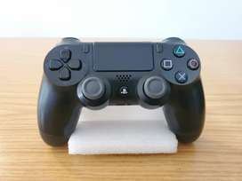 PS4 Controller - Great Condition!