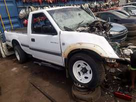 stripping isuzu 300tdilx for spares and parts