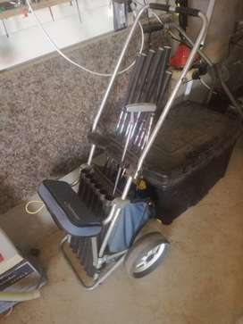 Spalding golf set negotiable