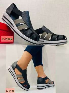 Hello I'm selling shoes summer is here only if intrested 180