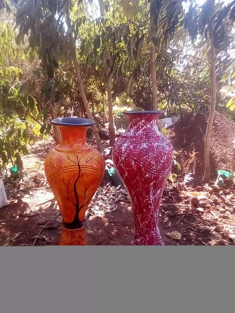 Pots available 0