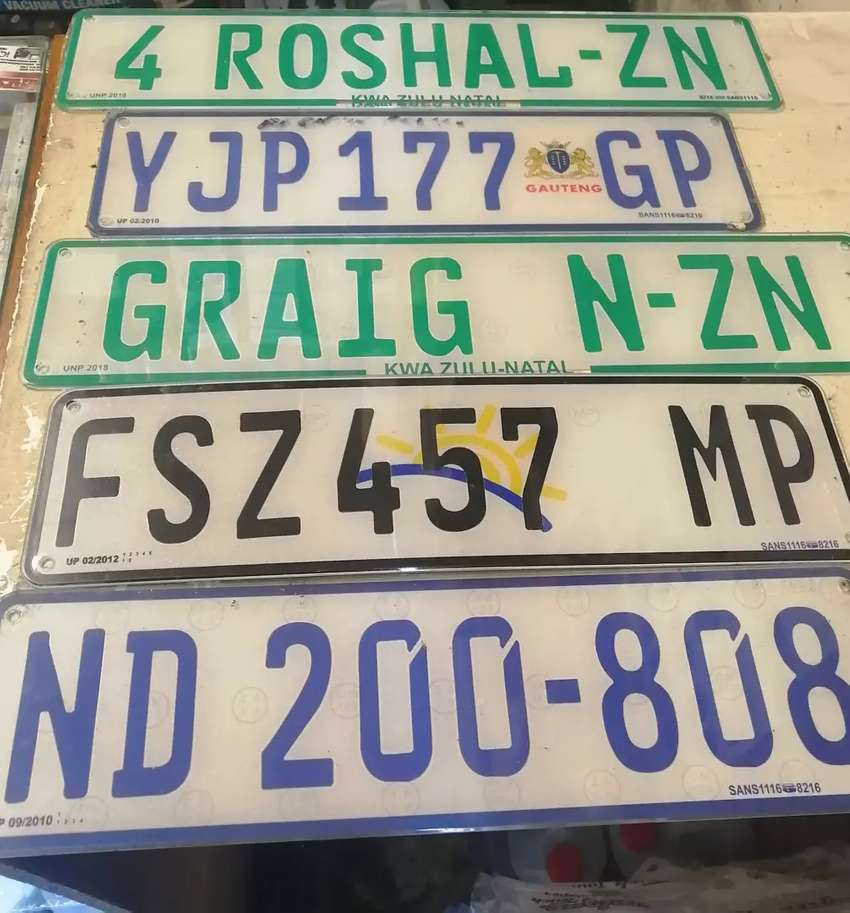 Number plates made while u wait 0