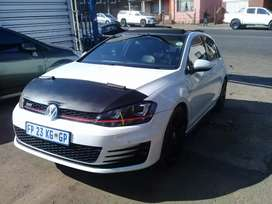 2015 Volkswagen Golf 7 GTI DSG with a Sunroof and leather seat