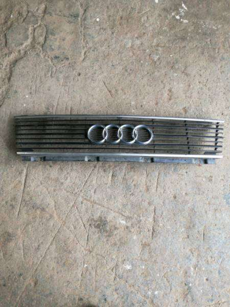 Audi 500 main grill for sale 0