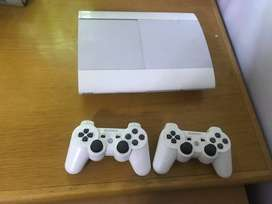 PS3 Super slim white 4 Games included