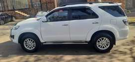 TOYOTA FORTUNER  3.0 D4D AUTOMATING EXCELLENT CONDITION